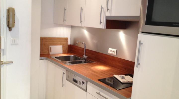 Petite cuisine armoire lorraine 2udance pictures to pin on - Petite cuisine pour studio ...